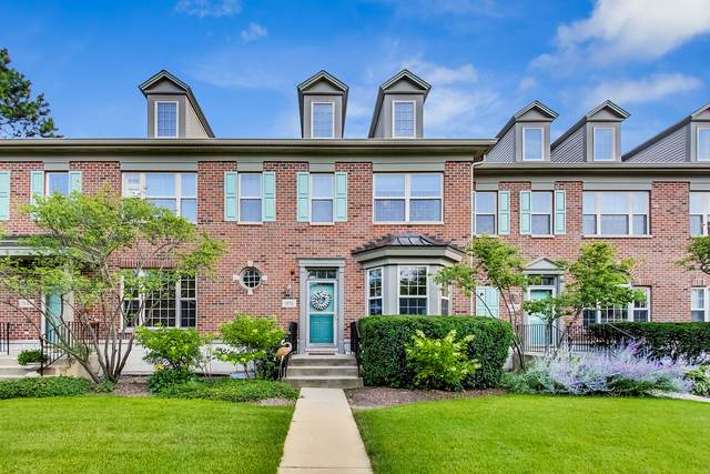 1851 Westleigh Drive, Glenview, IL 60025 (MLS #11224927) :: Littlefield Group