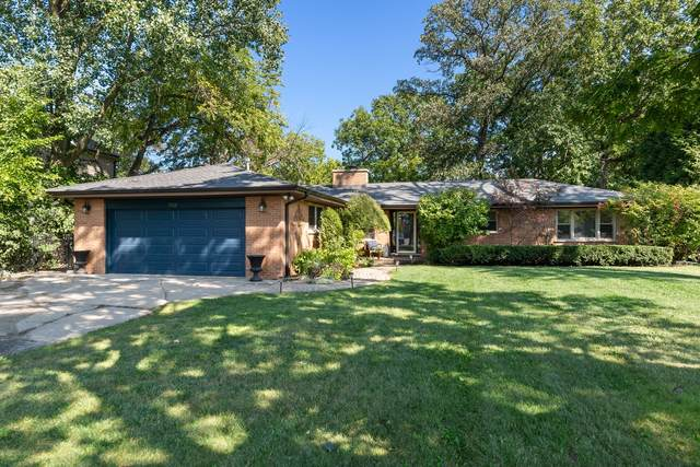 1725 Sunset Ridge Road, Glenview, IL 60025 (MLS #11225355) :: The Wexler Group at Keller Williams Preferred Realty