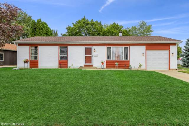 820 Royal Drive, Mchenry, IL 60050 (MLS #11225644) :: Littlefield Group