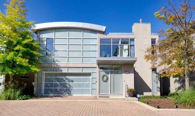 2001 Skyelar Court, Highland Park, IL 60035 (MLS #11226089) :: Suburban Life Realty