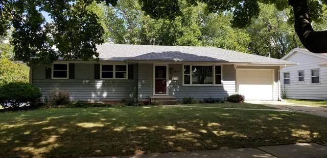 3808 Seward Avenue, Rockford, IL 61108 (MLS #11226235) :: Lewke Partners - Keller Williams Success Realty