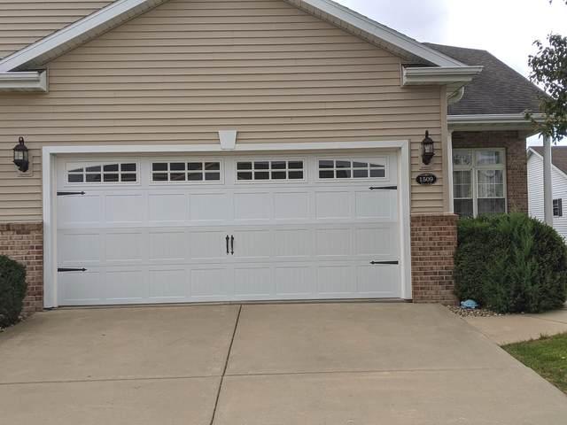 1509 Greyrock Lane, Champaign, IL 61822 (MLS #11226937) :: John Lyons Real Estate
