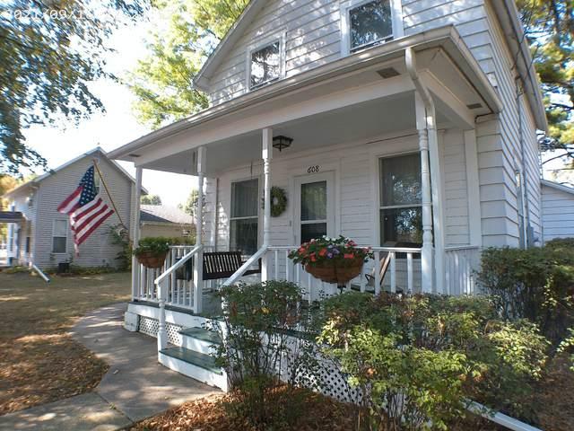 608 S 3rd Street, Oregon, IL 61061 (MLS #11227252) :: Littlefield Group