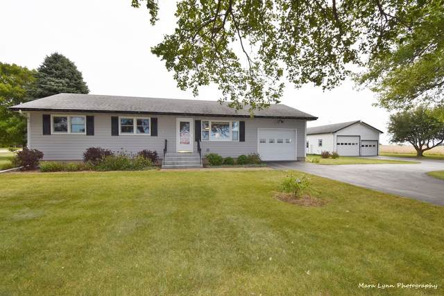 8S525 Mighell Road, Sugar Grove, IL 60554 (MLS #11227604) :: Littlefield Group
