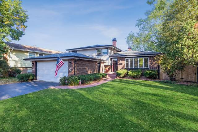 640 Sharon Drive, Crystal Lake, IL 60014 (MLS #11227667) :: John Lyons Real Estate