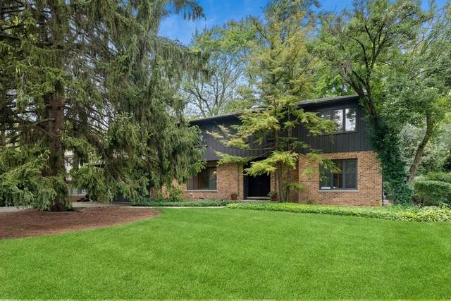 823 Stonegate Drive, Highland Park, IL 60035 (MLS #11227685) :: Suburban Life Realty