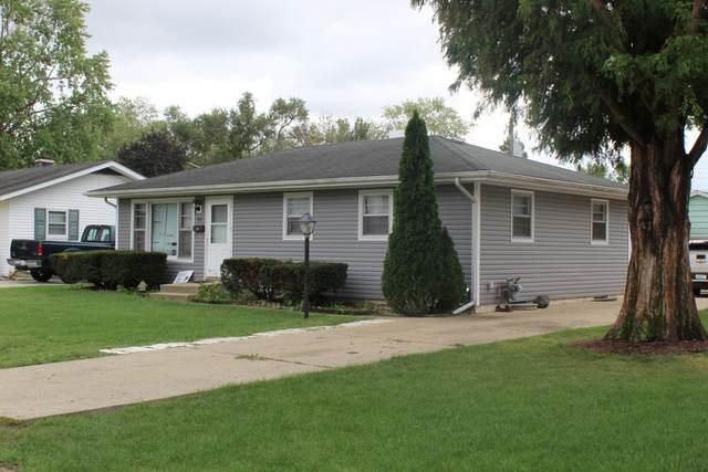 711 W Dearborn Street, Plano, IL 60545 (MLS #11227931) :: Carolyn and Hillary Homes