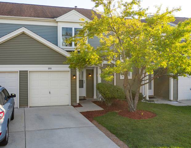 686 Canterbury Drive, Hanover Park, IL 60133 (MLS #11227980) :: Littlefield Group