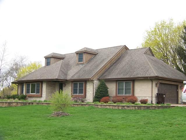 2011 Hobe Road, Woodstock, IL 60098 (MLS #11228275) :: Janet Jurich
