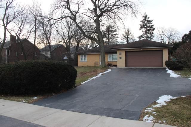 523 63rd Street, Willowbrook, IL 60527 (MLS #11228325) :: Angela Walker Homes Real Estate Group