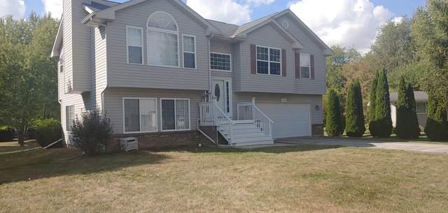126 Queens Place, Poplar Grove, IL 61065 (MLS #11228471) :: The Dena Furlow Team - Keller Williams Realty