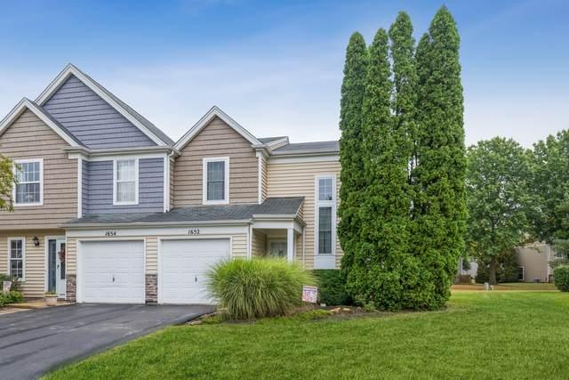 1652 College Green Drive, Elgin, IL 60123 (MLS #11228497) :: Littlefield Group