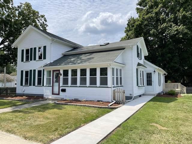 605 N Lafayette Street, Sandwich, IL 60548 (MLS #11228572) :: Angela Walker Homes Real Estate Group