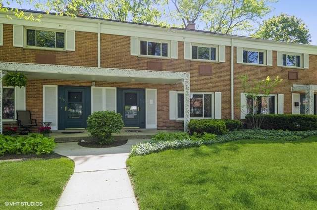 673 Carriage Hill Drive, Glenview, IL 60025 (MLS #11229018) :: Lewke Partners - Keller Williams Success Realty