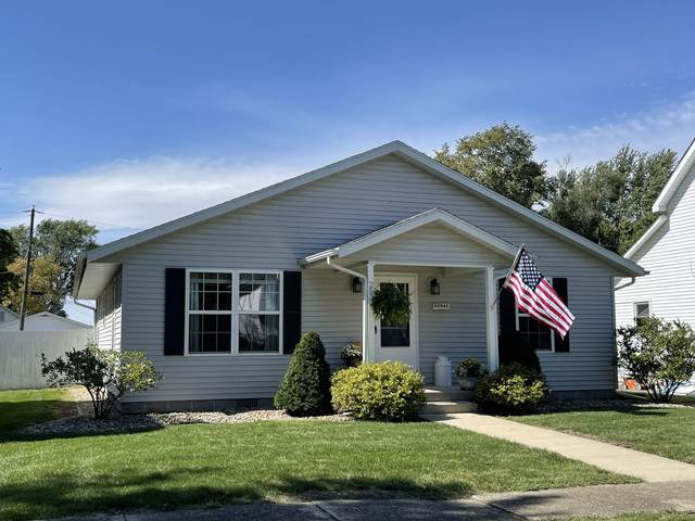 253 S Oak Street, Herscher, IL 60941 (MLS #11229382) :: BN Homes Group