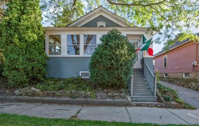 483 Park Street, Elgin, IL 60120 (MLS #11229992) :: Schoon Family Group