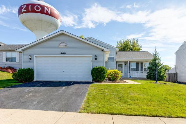 909 Countrywood Drive, Zion, IL 60099 (MLS #11230070) :: Schoon Family Group
