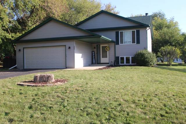 306 SW Benedict Drive, Poplar Grove, IL 61065 (MLS #11230999) :: The Wexler Group at Keller Williams Preferred Realty