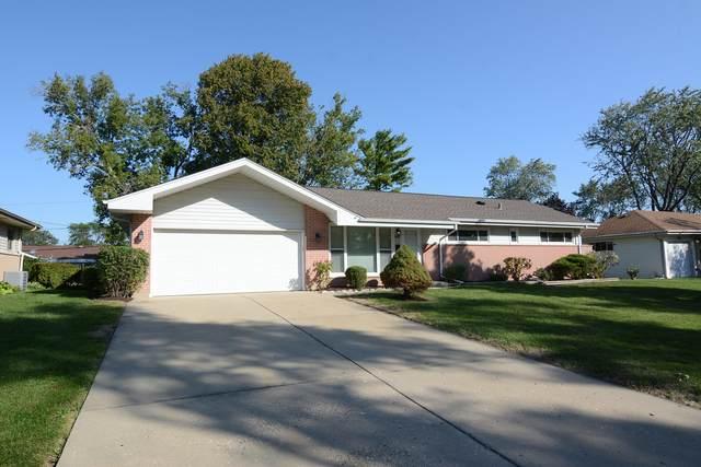 140 Forest Park Lane, Hoffman Estates, IL 60169 (MLS #11231289) :: Littlefield Group