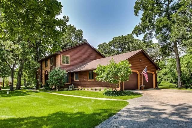 1 Wooded Lane, Hawthorn Woods, IL 60047 (MLS #11231815) :: Helen Oliveri Real Estate