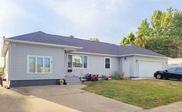621 Genesee Avenue, Morrison, IL 61270 (MLS #11232169) :: Littlefield Group