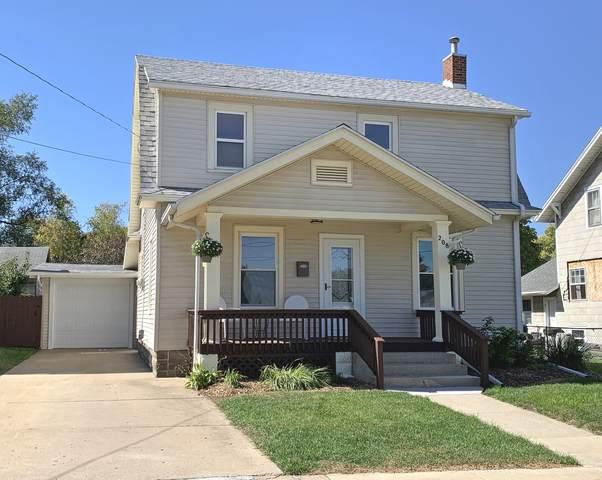 208 N Mckendrie Street, Mount Morris, IL 61054 (MLS #11232324) :: The Wexler Group at Keller Williams Preferred Realty