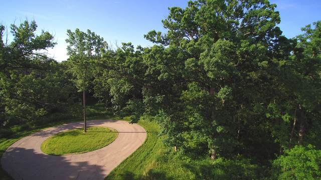1304 Autumn Ridge Court, Crystal Lake, IL 60014 (MLS #11234929) :: Rossi and Taylor Realty Group