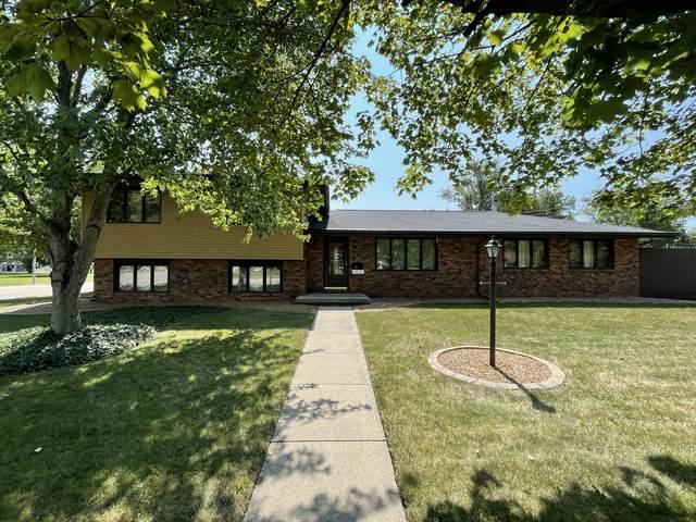 2003 E Washington Street, Bloomington, IL 61701 (MLS #11235385) :: Littlefield Group