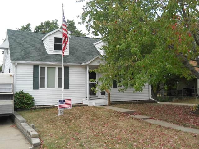 1504 7th Avenue, Rock Falls, IL 61071 (MLS #11236883) :: Littlefield Group