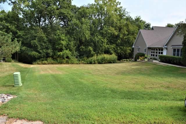 714 Glenda Court, Lake Holiday, IL 60552 (MLS #11237338) :: John Lyons Real Estate