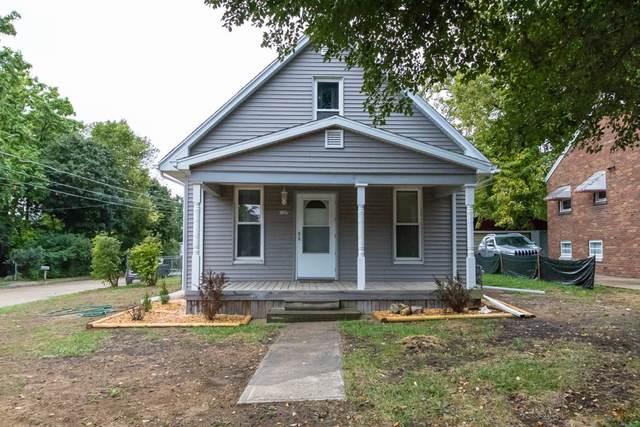 1127 Barker Street, Bloomington, IL 61701 (MLS #11238147) :: Littlefield Group