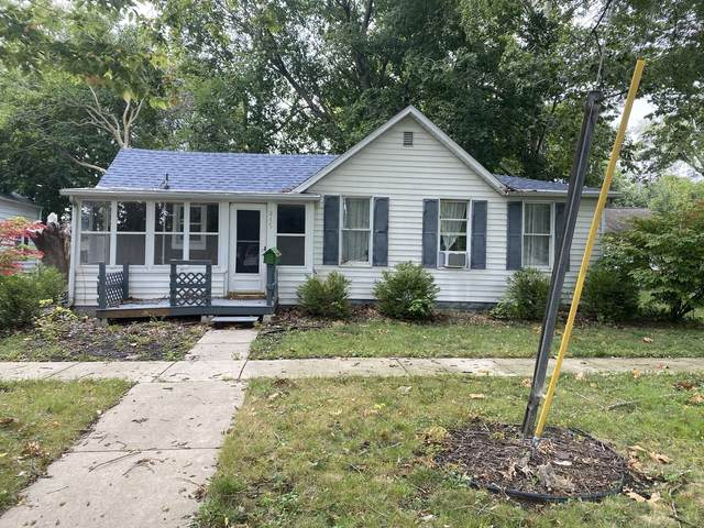 215 N Guthrie Street, Gibson City, IL 60936 (MLS #11239026) :: John Lyons Real Estate