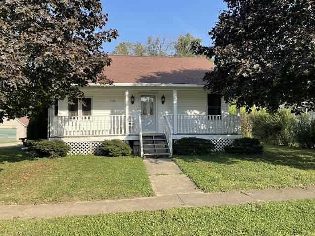 222 N Oak Street, Herscher, IL 60941 (MLS #11239635) :: Littlefield Group