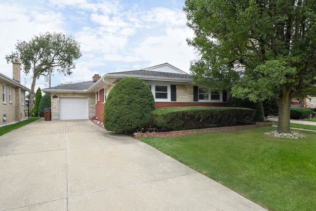 8017 Country Club Lane, North Riverside, IL 60546 (MLS #11240160) :: The Wexler Group at Keller Williams Preferred Realty
