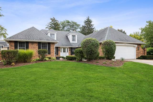 155 Saddle Brook Drive, Oak Brook, IL 60523 (MLS #11240579) :: John Lyons Real Estate