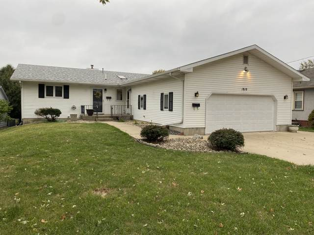 1810 14th Street, Peru, IL 61354 (MLS #11240695) :: The Wexler Group at Keller Williams Preferred Realty