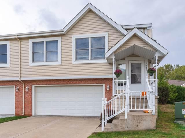 2005 Park Place Drive, Bloomington, IL 61701 (MLS #11241320) :: John Lyons Real Estate
