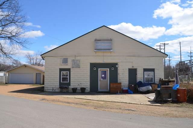203 E Short Street E, Amboy, IL 61310 (MLS #11242288) :: The Wexler Group at Keller Williams Preferred Realty