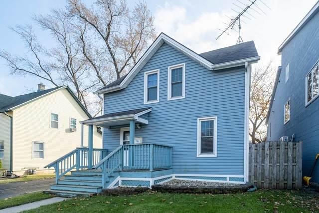 395 Center Street, Grayslake, IL 60030 (MLS #11243138) :: Littlefield Group