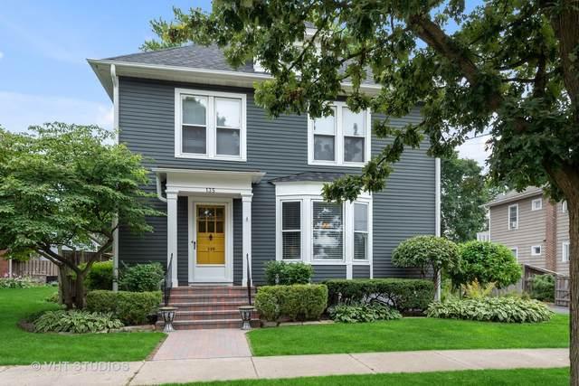 135 W Russell Street, Barrington, IL 60010 (MLS #11243190) :: Littlefield Group