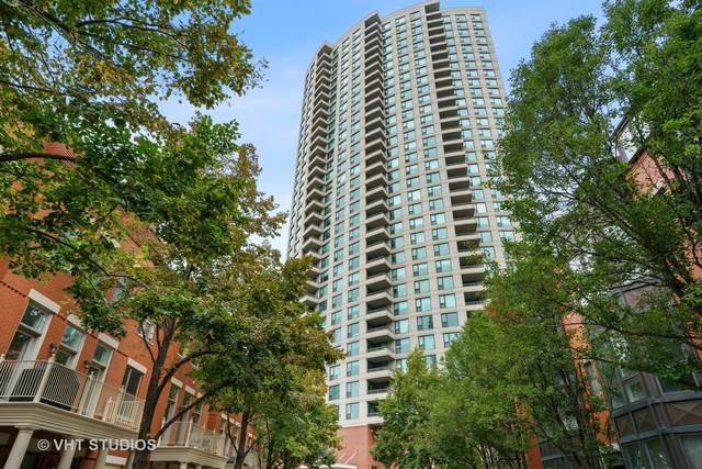 501 N Clinton Street #1704, Chicago, IL 60654 (MLS #11243321) :: The Wexler Group at Keller Williams Preferred Realty