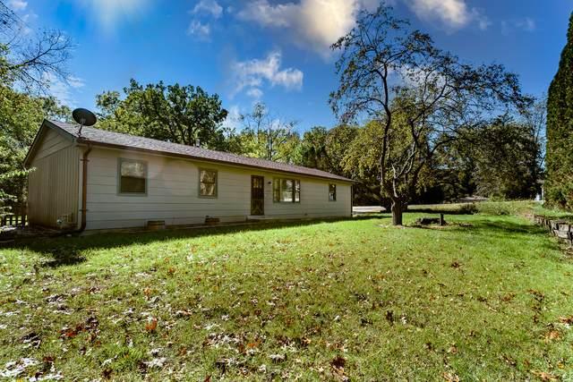 7725 Gene Drive, Wonder Lake, IL 60097 (MLS #11243617) :: John Lyons Real Estate