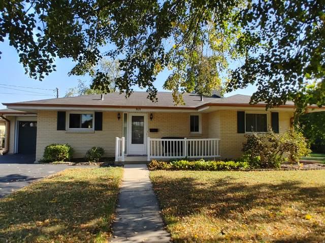 909 E Lincoln Avenue, Belvidere, IL 61008 (MLS #11244033) :: John Lyons Real Estate