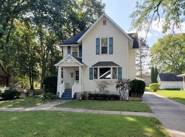 325 W 3rd Street, Prophetstown, IL 61277 (MLS #11245119) :: The Wexler Group at Keller Williams Preferred Realty