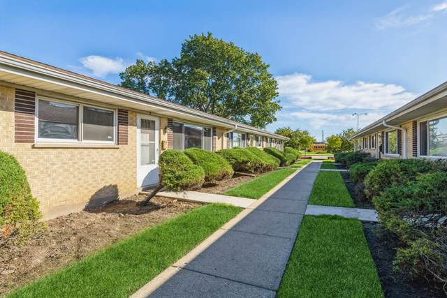 811 Valley Stream Drive C, Wheeling, IL 60090 (MLS #11245318) :: The Wexler Group at Keller Williams Preferred Realty