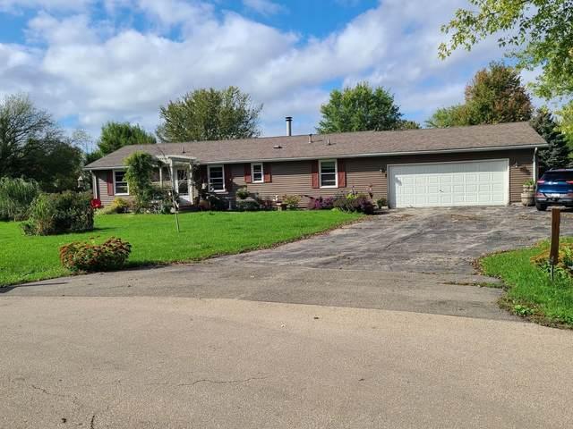11814 E Cottonwood Court, Rochelle, IL 61068 (MLS #11245362) :: Littlefield Group