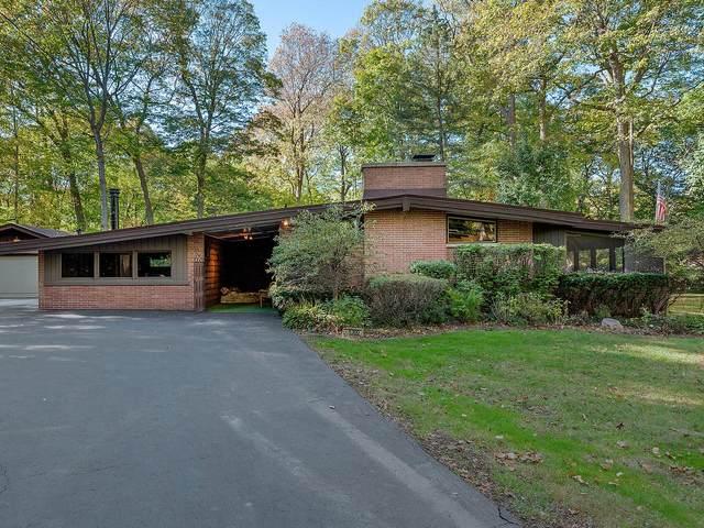 5300 Lee Avenue, Downers Grove, IL 60515 (MLS #11245433) :: John Lyons Real Estate