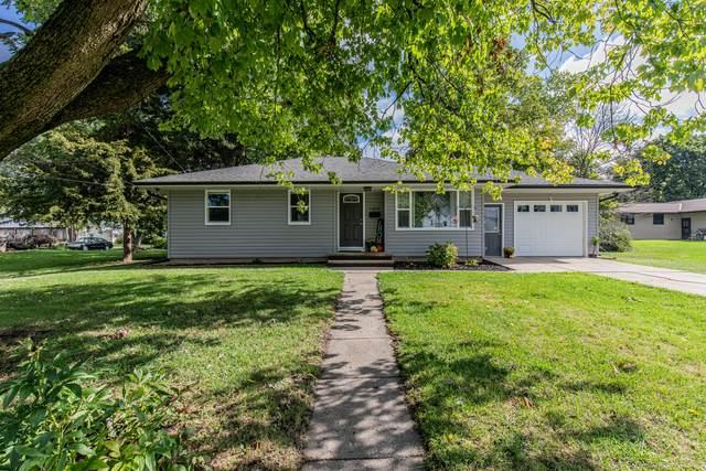 1605 Lincoln Avenue, Mendota, IL 61342 (MLS #11245583) :: John Lyons Real Estate