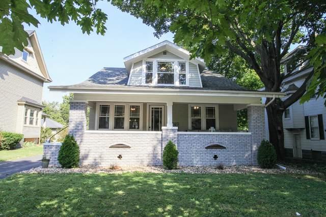 1906 E Taylor Street, Bloomington, IL 61701 (MLS #11245791) :: John Lyons Real Estate