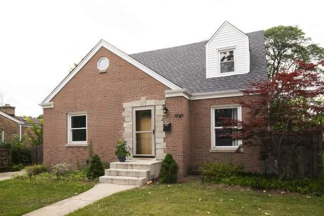 7076 N Mcalpin Avenue, Chicago, IL 60646 (MLS #11246416) :: John Lyons Real Estate